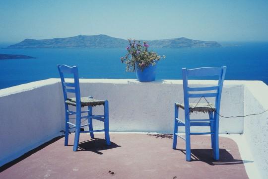 Santorin: Zwei Stühle