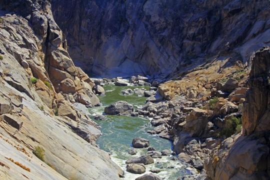 Lesotho: Oranje-Fluss / Senque-Fluss