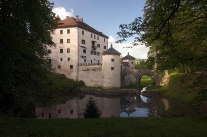 Sneznik Schloss