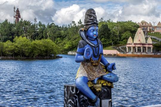 Mauritius: Shiva Statue