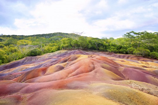 Mauritius: Coloured Earth