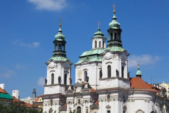 Prag: Kirche des Heiligen Nikolaus
