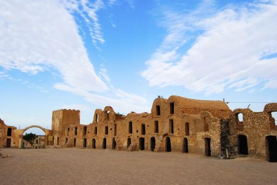 Djerba: Tunesische Häuser