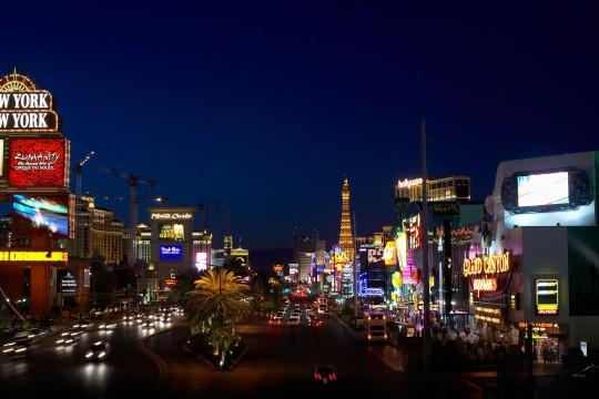 Las Vegas: Straße bei Nacht