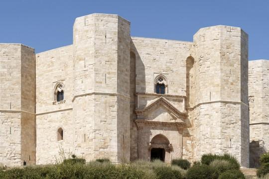 Apulien: Castel del Monte