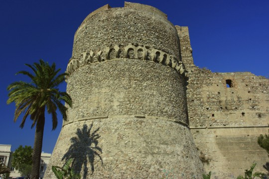 Kalabrien: Castello Aragonese