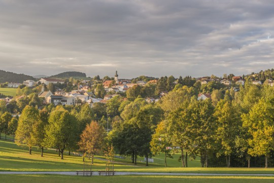 Bayerischer Wald: Ansicht Garten und Grafenau