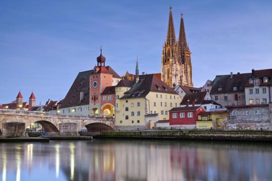 Bayerischer Wald: Steinerne Brücke Regensburg
