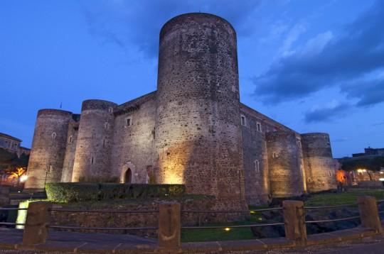 Sizilien: Museo del Castello Ursino