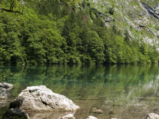 Berchtesgadener Land: Königssee mit Bergen