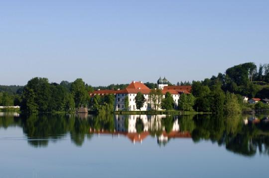 Chiemgau und Chiemsee: Multifunktionskloster Seeon