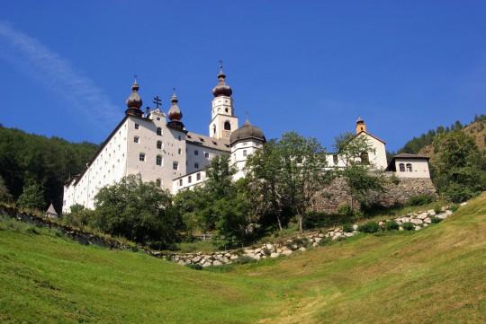 Südtirol: Burgeis Abbey Marienberg