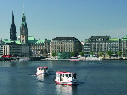 Hamburg: An der Binnenalster