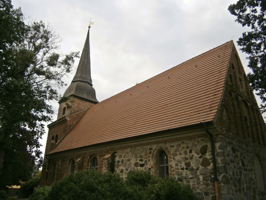Insel Usedom: Dorfkirche Mellenthin