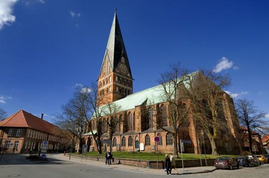 Lüneburger Heide: St. Johannis Kirche