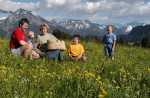 Hörnerdoerfer: Familienpicknick im Grünen