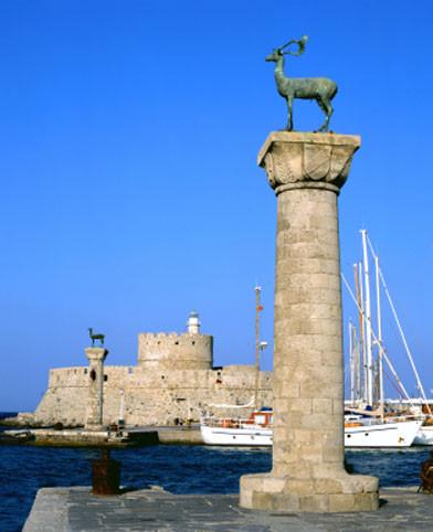 Rhodos: Mandraki-Hafen