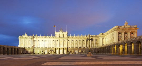Madrid: Royal Palace bei Nacht
