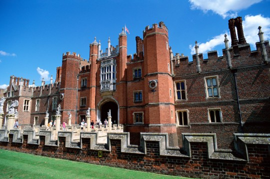 London: Hampton Court
