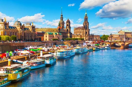 Dresden: Sommer-Landschaft der Altstadt