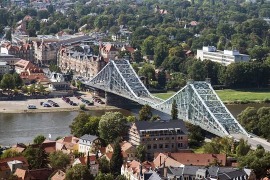 Dresden: Blaues Wunder