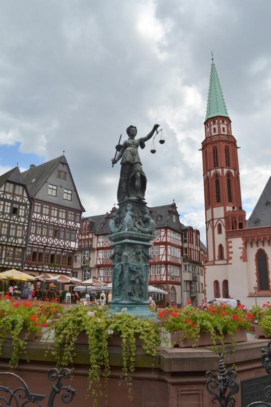 Frankfurt: Römerplatz