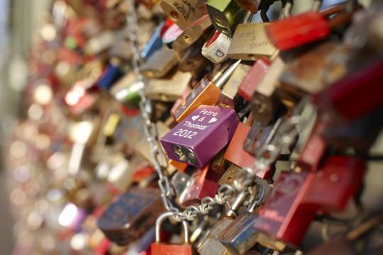 Köln: Liebesschlösser auf der Hohenzollernbrücke