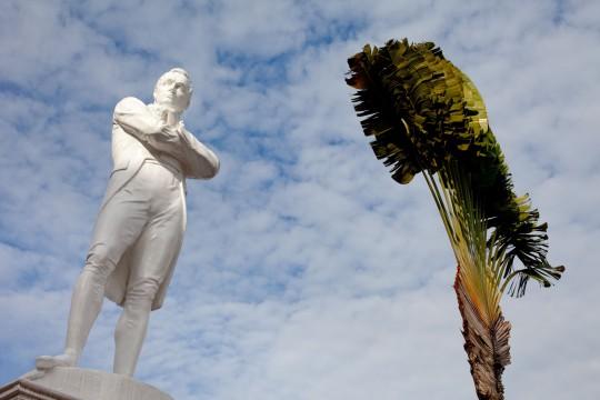 Singapur: Statue von Sir Thomas Stamford Raffles