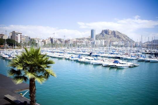 Costa Blanca: Hafen Alicante
