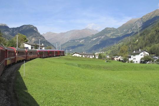 Ostschweiz: Glacier Express St. Moritz - Zermatt