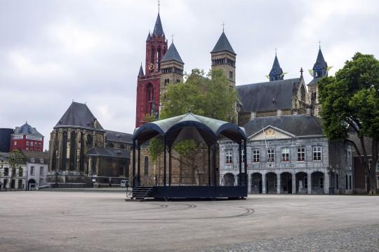 Südniederlande: Maastricht - Platz Het Vrijhof