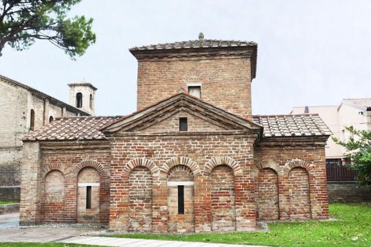 Mittlere Adria: Mausoleum der Galla Placidia