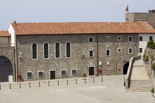 Obere Adria: Castello di San Giusto