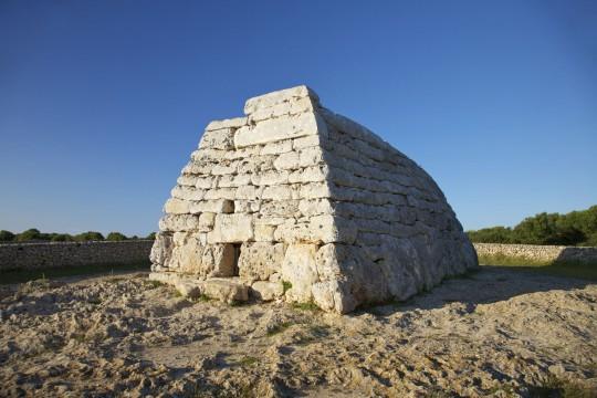 Menorca: Naveta des Tudons