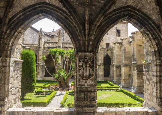 Languedoc-Roussillon: Abbaye de Fontfroide