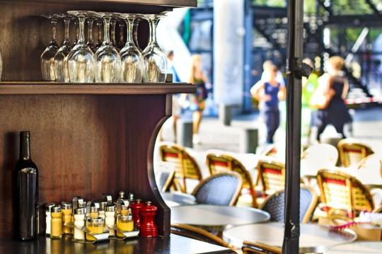 Paris: Straßencafé